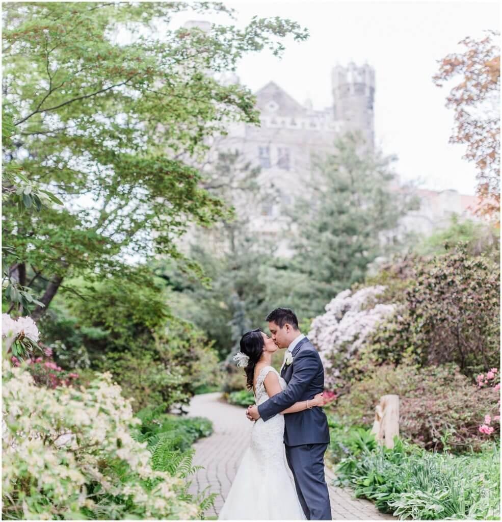 Vancouver wedding photographer, David Tam, travels to Toronto to photograph a wedding at Casa Loma in Toronto Ontario